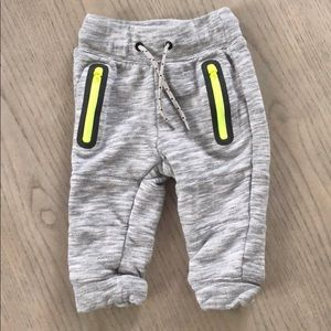 Gap gray sweatpants, Sz 12-18 mos